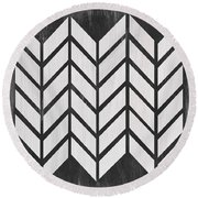 Black And White Quilt Round Beach Towel