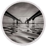 Black And White Reflections Round Beach Towel