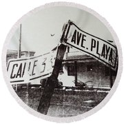 Black And White Street Sign Round Beach Towel