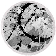 Black And White Two Round Beach Towel
