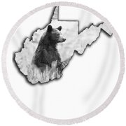 Black Bear Standing Round Beach Towel