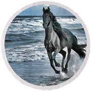 Black Horse Running Through Water Round Beach Towel