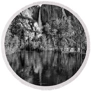Black Reflections Yosmite Falls Round Beach Towel