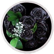 Black Roses Bouquet Round Beach Towel