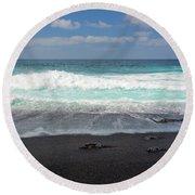 Black Sand Beach Round Beach Towel