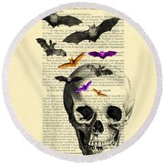 Black Skull And Bats On A Dictionary Page Round Beach Towel