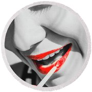 Black White And Red Lipgloss Pinup Round Beach Towel