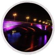 Blackfriars Bridge Illuminated In Purple Round Beach Towel