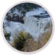 Blackwater Falls In Winter Round Beach Towel