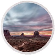 Blended Colors Over The Valley Round Beach Towel