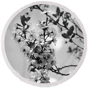 Blossoms In Black And White Round Beach Towel