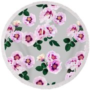 Blue Eyes Roses Round Beach Towel