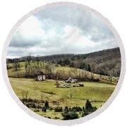 Blue Ridge Homestead Round Beach Towel