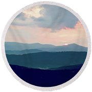 Blue Ridge Mountain Sunset Round Beach Towel