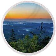 Blue Ridge Mountains Sunrise Round Beach Towel
