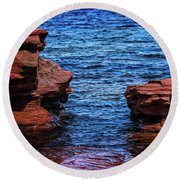 Blue Water Between Red Stone Round Beach Towel