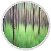 Blurred Aspen Trees Round Beach Towel