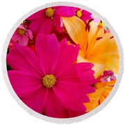Bouquet Of Beauty Round Beach Towel