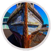 Bow Of Old Worn Boat Round Beach Towel