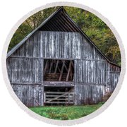 Boxley Valley Barn  Round Beach Towel