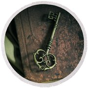 Brass Ornamented Key On Old Brown Book Round Beach Towel