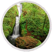 Round Beach Towel featuring the photograph Bridal Veil Falls by Jonathan Davison
