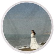 Bride By The Sea Round Beach Towel