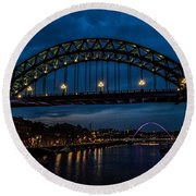 Bridge At Dusk Round Beach Towel