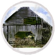 Round Beach Towel featuring the photograph Bridge Creek Barn by Susan Leggett