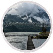 Bridge Of The Gods Round Beach Towel