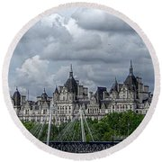 Bridge Over The Thames Round Beach Towel