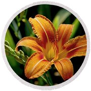 Bright Daylily Round Beach Towel