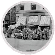 Broad St. Lunch Carts New York Round Beach Towel
