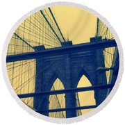 New York City's Famous Brooklyn Bridge Round Beach Towel