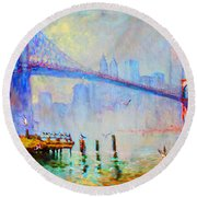 Brooklyn Bridge In A Foggy Morning Round Beach Towel