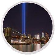 Brooklyn Bridge Tribute In Lights  Round Beach Towel