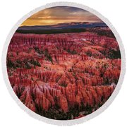 Bryce Canyon In The Glow Of Sunset Round Beach Towel