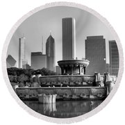Buckingham Fountain - 2 Round Beach Towel by Ely Arsha