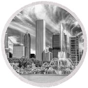 Buckingham Fountain Skyscrapers Black And White Round Beach Towel by Christopher Arndt