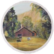 Bucks County Pa Barn Round Beach Towel
