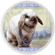 Bunny Wears Beads Round Beach Towel