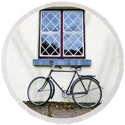 Bunratty Bike Round Beach Towel