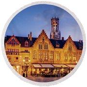 Burg Square Architecture At Night - Bruges Round Beach Towel