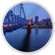 Burning Glow On The City Round Beach Towel