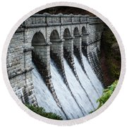 Burrator Reservoir Dam Round Beach Towel