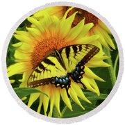 Butterflies And Sunflowers Round Beach Towel
