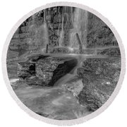 Bw Rock Wall Waterfall Round Beach Towel