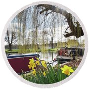 Round Beach Towel featuring the photograph Cambridge Riverbank In Spring by Gill Billington