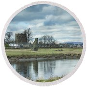 Cambuskenneth Abbey And The River Forth Round Beach Towel