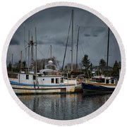 Round Beach Towel featuring the photograph Camjim by Randy Hall